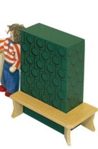holzspielzeug erzgebirge kachelofen mit bank f r s puppenhaus. Black Bedroom Furniture Sets. Home Design Ideas