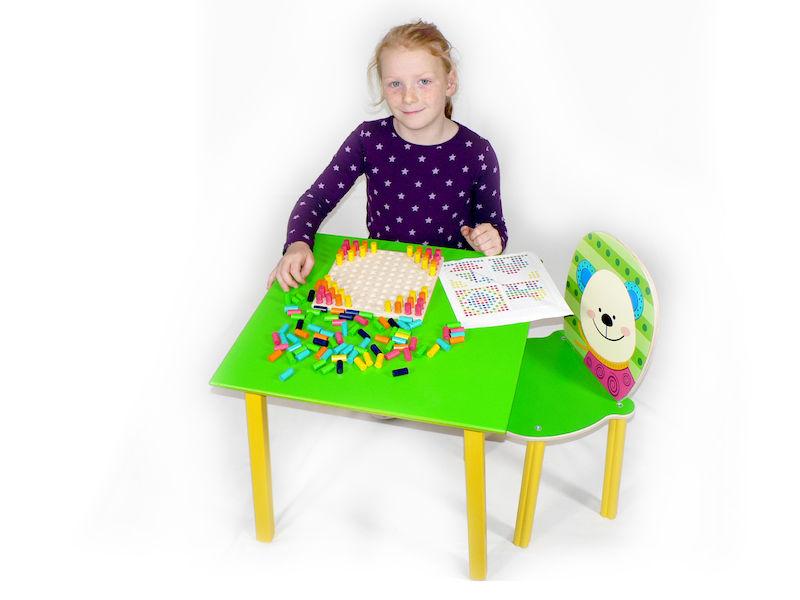 Kinderzimmer tisch gr n for Kinderzimmer tisch